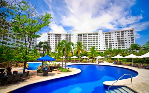 Cebu Pacific Citibank Promo: Up to 50% off @ Imperial Palace Waterpark Resort & Spa June 2013