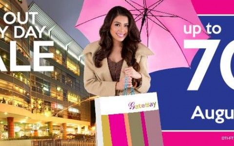 Araneta Center All Out Rainy Sale August 2014