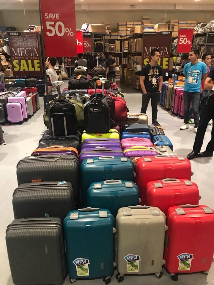 Christmas Luggage Tags